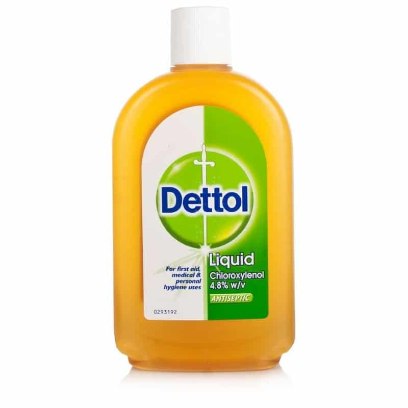 dettol antiseptic liquid 09082010 dettol antiseptic disinfectant household grade- cleanses & helps protect against infection from cuts,  30ml of dettol liquid may be used safely in the bath.